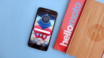 เป็นเจ้าของสมาร์ทโฟน Moto 2 รุ่นยอดนิยม Moto C Plus และMoto E4 ในราคาพิเศษจากทรูมูฟ เอช